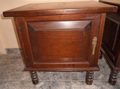Antiguas mesas de noche 100 madera con apliques br mm13 bs smnow precio d venezuela - Mesas de noche de madera ...