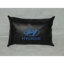 Cojin Almohada Apoya Cabeza Con Logo Bordad Hyundai
