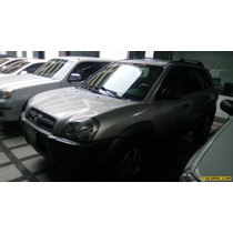 Hyundai Tucson Gl - Automatico