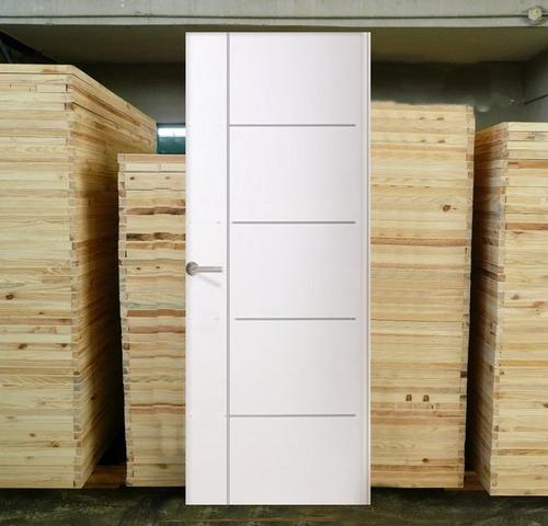 Puertas macizas blanca mdp dise o en relieve modelo siena for Precio puertas macizas