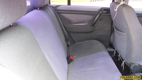 Volkswagen Polo 2008 Foto 7