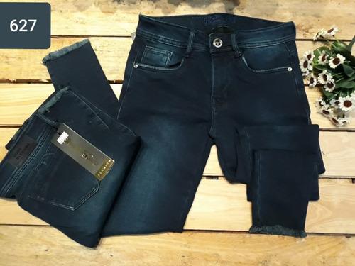c5ccac5a20 Pantalon Jeans De Dama Studio Moda Colombiana Negros. Precio  170000 Ver en  MercadoLibre