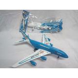 Avion De Juguete Armable/ Avión Armable Pequeño