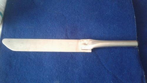 Cuchillo de acero inoxidable para cortar queso y cuajada for Cuchillo cortar queso