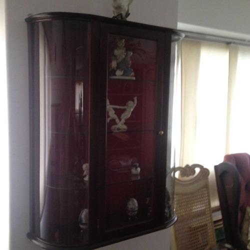 Vitrina delicada de vidrio con madera antigua bs - Vitrinas de madera y vidrio ...