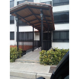 Urb. El Solar De La Quinta 72 Mtros2
