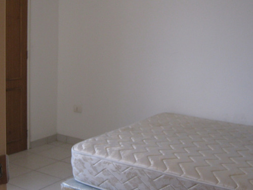Rab apartamento a la venta en valencia bs for Piscina abastos valencia