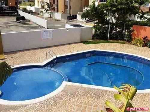 Apartamentos en venta bs wt0qo precio d venezuela for Piscina abastos valencia