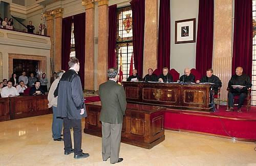 Abogado Defensa Y Acusación, Penal Y Otras Ramas Del Derecho
