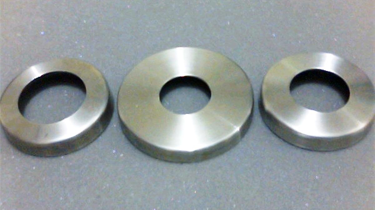 Accesorios de acero inoxidable para barandas y pasamanos for Precios accesorios para banos acero inoxidable