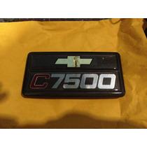 Emblema Chevrolet C7500