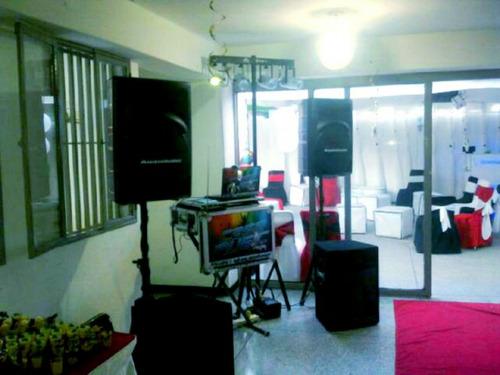 Alquiler De Barra Movil De Cocteles Y Sonido Discplay