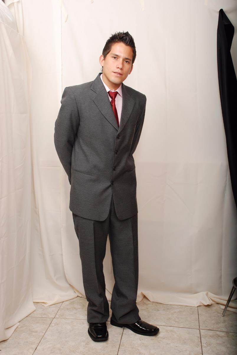 Te garantizamos que tendrás tu traje listo y preparado para recoger el día fijado. Mejores Precios Sin descuidar la calidad ofrecemos siempre los mejores precios en alquiler de chaqués, trajes y smoking.