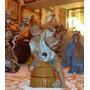 Figura En Terracota Esmaltada, Hombre Con Pez En La Mano.