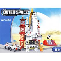 Estacion Espacial En Juego Lego De 560 Piezas Para Armar