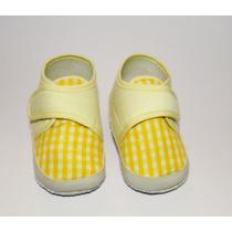 Zapatos Tipo Escarpines Pantuflas Amarillos Bebé Nuevos