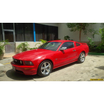 Ford Mustang Gt Deluxe - Sincronico