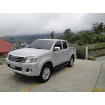 Toyota Hilux Doble Cabina Kavak 4x4 - Automatico