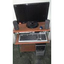 Computadora Con Monitor Tactil, Incluye Mesa.