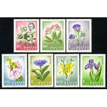 Estampillas De Hungría Serie De 7 Valores De 1967 Flores