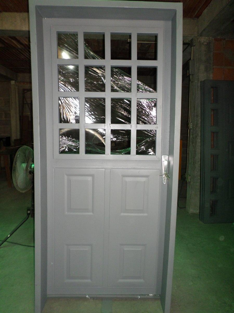 Fabricacion de puertas de hierro protectores y marcos for Puertas de herreria para casa
