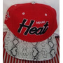Gorra Miami Heat Animal Print Plana Ajustable Broche Roja.