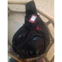 Bolso Air Jordan Retro Xi