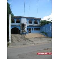 Casa En Venta En Sucre - Carúpano