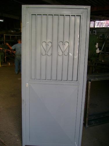 Marcos hierro puertas hierro metalurgica herreria rejas for Puertas metalicas modelos