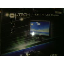 Monitor Lcd Marca Utech 15.6 Pulgadas + Teclado Ps2 Usado