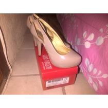 Zapatos Altos Patentes Y Negros De Gamuza