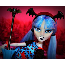 Muñeca Monster High Freaky Fusion Ghoulia Yelps