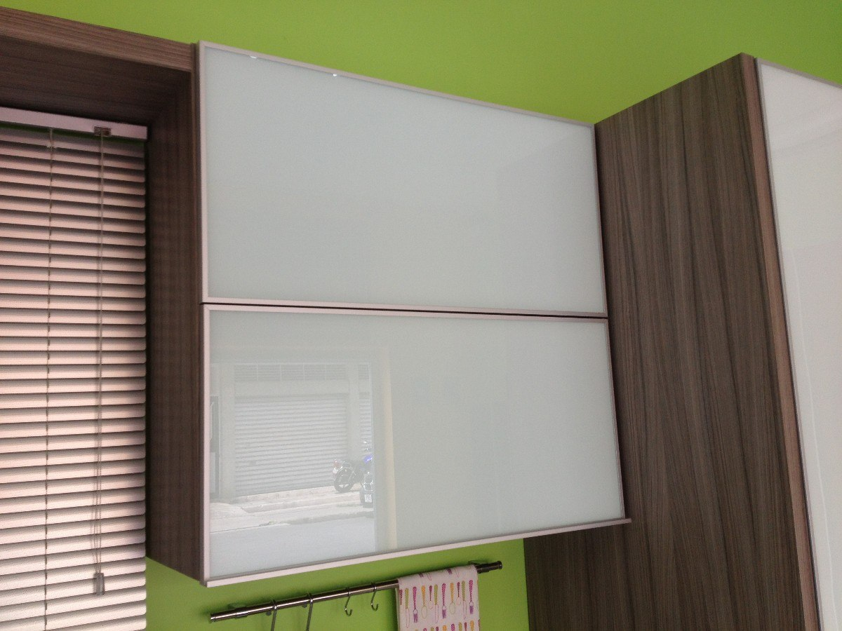 Perfil de aluminio para puerta de vidrio herrajes de for Herrajes puertas cristal