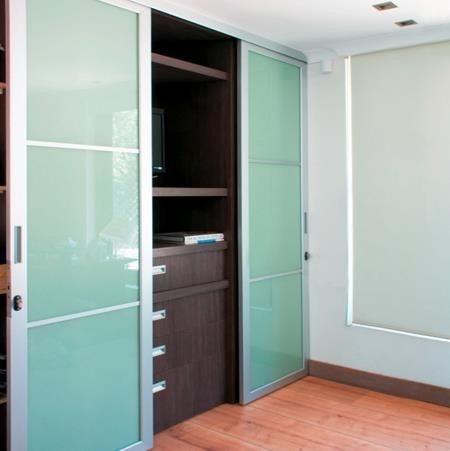 Puertas de aluminio cocinas empotradas perfiles y vidrios - Modelos de puertas de aluminio ...