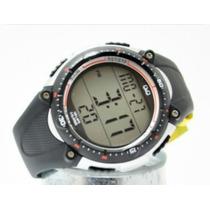 Reloj Q&q Para Caballero Modelo M010j001y