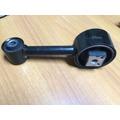 Base O Soporte Inferior De Motor Chevrolet Optra 1.8