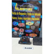Caja De Fucibles De Chevrolet Blazer Año 2000 4x4