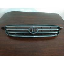 Parrilla Toyota Corolla New Sensación 2003-05
