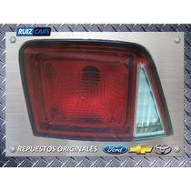 Stop Derecho Compuerta Chevrolet Orlando Nuevo Original