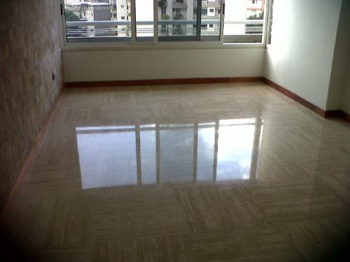 Servicio de pisos en granito y marmol caracas for Pisos de granito