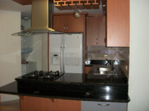 Tope de cocina imagui for Cocinas de marmol y granito