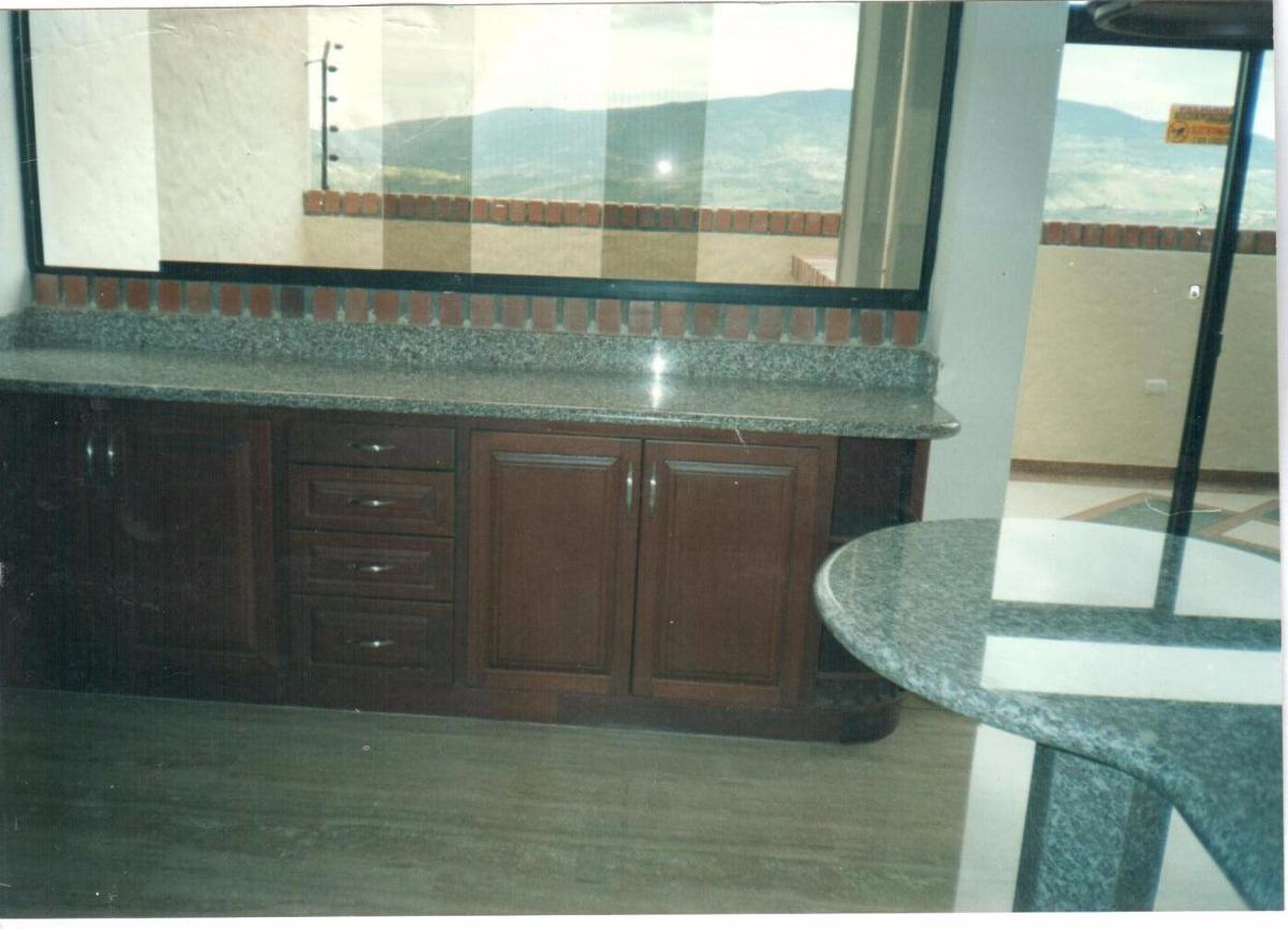 Topes de cocina laminas de granito silestone marmol - Precio marmol cocina ...