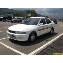 Taxis Mitsubishi Taxi