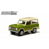 Greenlight 1974 Ford Bronco Ranger. Ruedas De Goma.