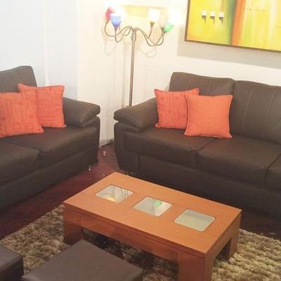 para este juego de muebles se debe realizar pedido de fabricacin si tenemos en existencia se le puede entregar de inmediato los colores con los que